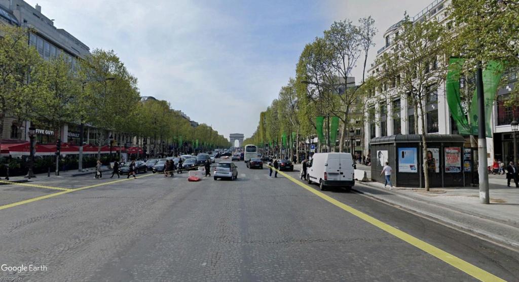 COVID-19 : les villes désertes Champs12