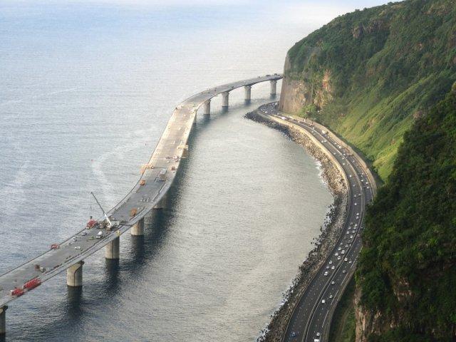 [Bientôt visible sur Google Earth]  La nouvelle route du Littoral, la Réunion Chemin10