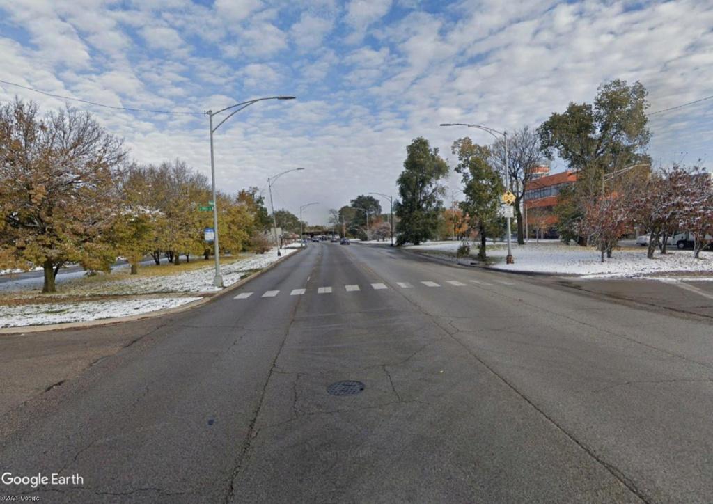 STREET VIEW : 2 sens de circulation = 2 saisons différentes vues de la Google Car ! [A la chasse !] - Page 6 Chicag17