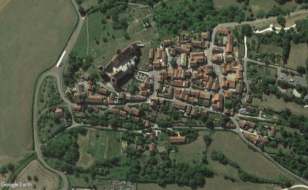 Les Plus Beaux Villages de France - Page 2 Chzete14