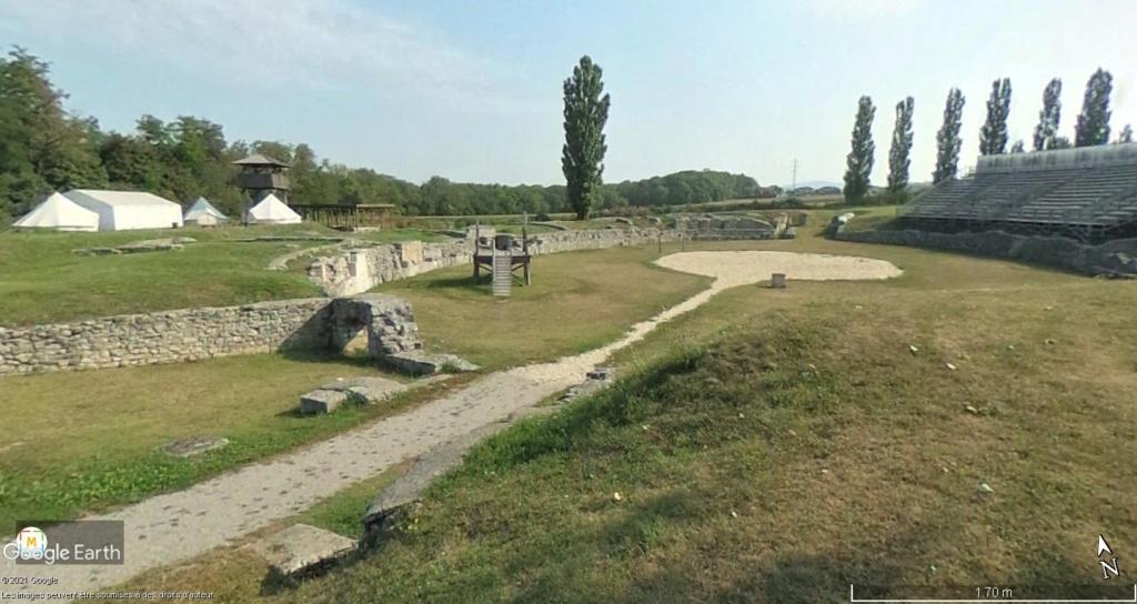 """Amphithéâtres romains : """"du pain et des jeux"""" - Page 3 Civiln13"""
