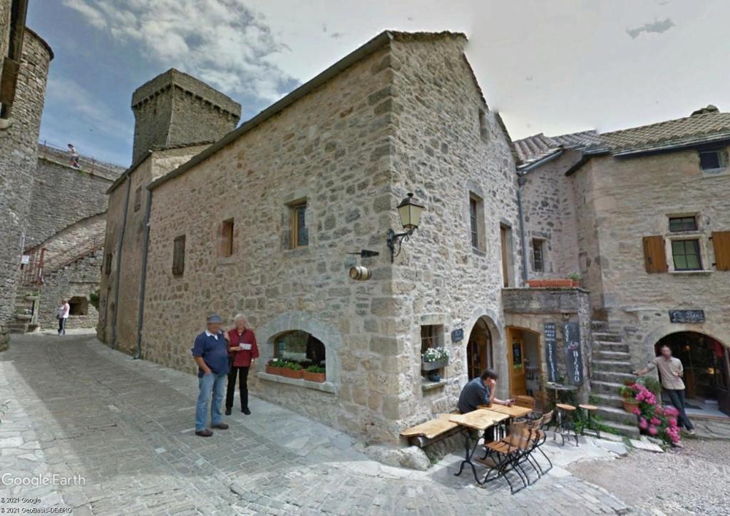 Les Plus Beaux Villages de France - Page 2 Couvvv10