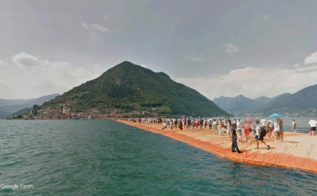 The Floating Piers, œuvre de Christo, lac d'Iseo, Italie  Cristo13