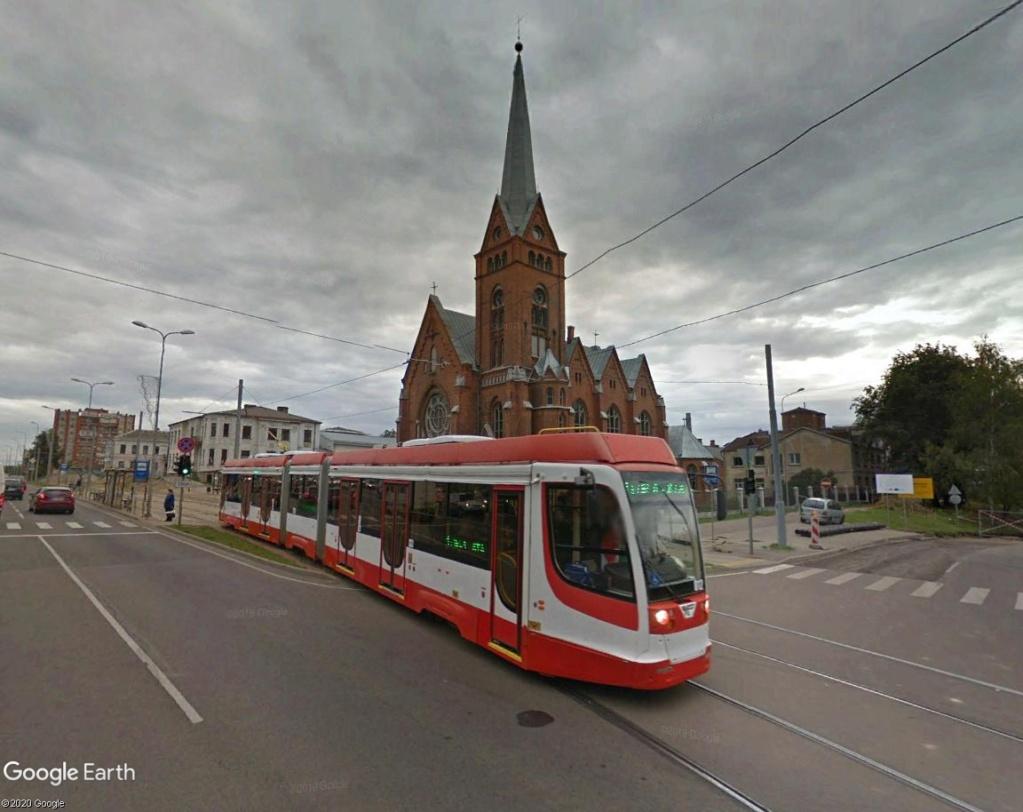 STREET VIEW : les tramways en action - Page 5 Dauga210
