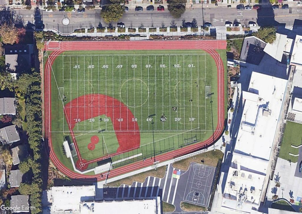 Stades d'athlétisme hors du commun Emerrr11