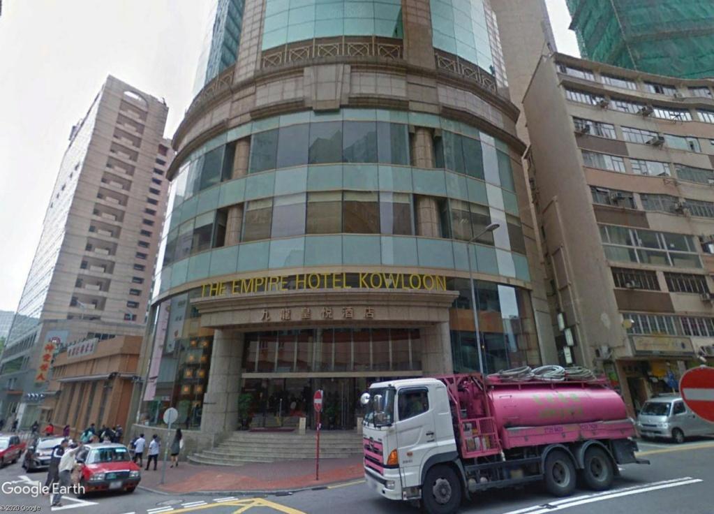 """Hong Kong à l'heure de la """"normalisation"""" : un voyage en images - Page 3 Empire10"""