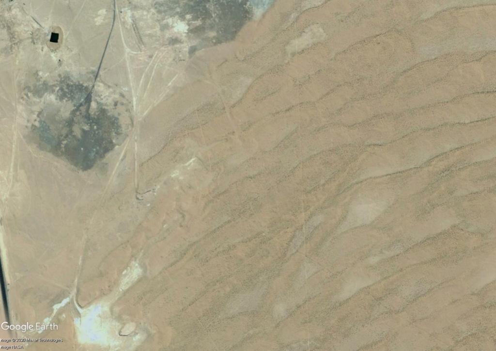 [Désormais visible dans Google Earth] L'Exposition Universelle 2020 à Dubaï - Émirats Arabes Unis  Expo_210