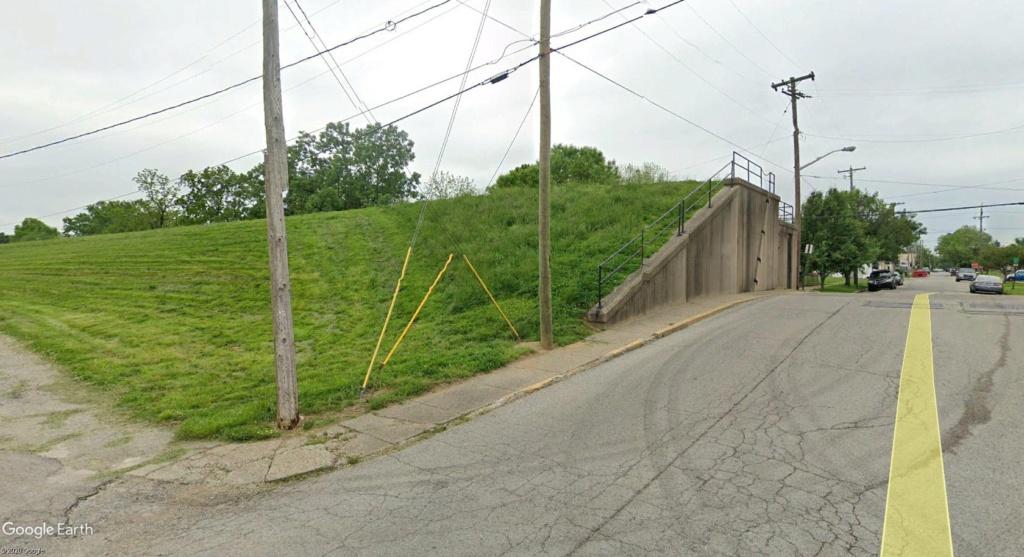 Digues, flood Walls... Les aménagements anti-inondation illustrés avec Google Earth Gate10