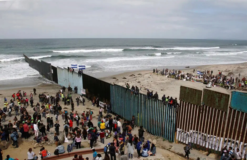 Histoires de frontières - Page 12 Immigr10
