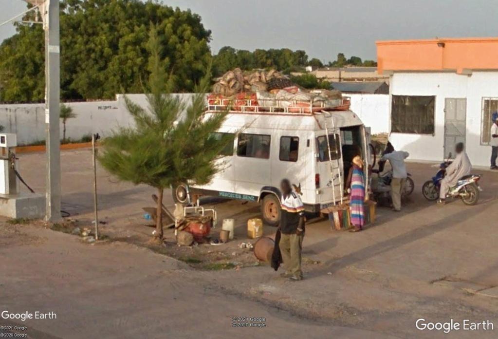 STREET VIEW : cars rapides et transports en commun du Sénégal Km10
