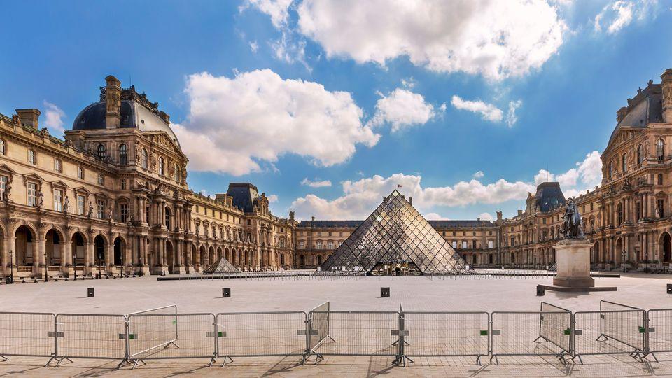 COVID-19 : les villes désertes Louvre10