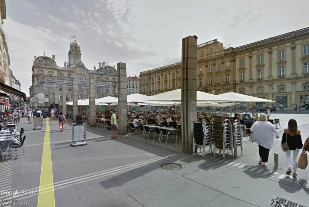 COVID-19 : les villes désertes Lyon_t10