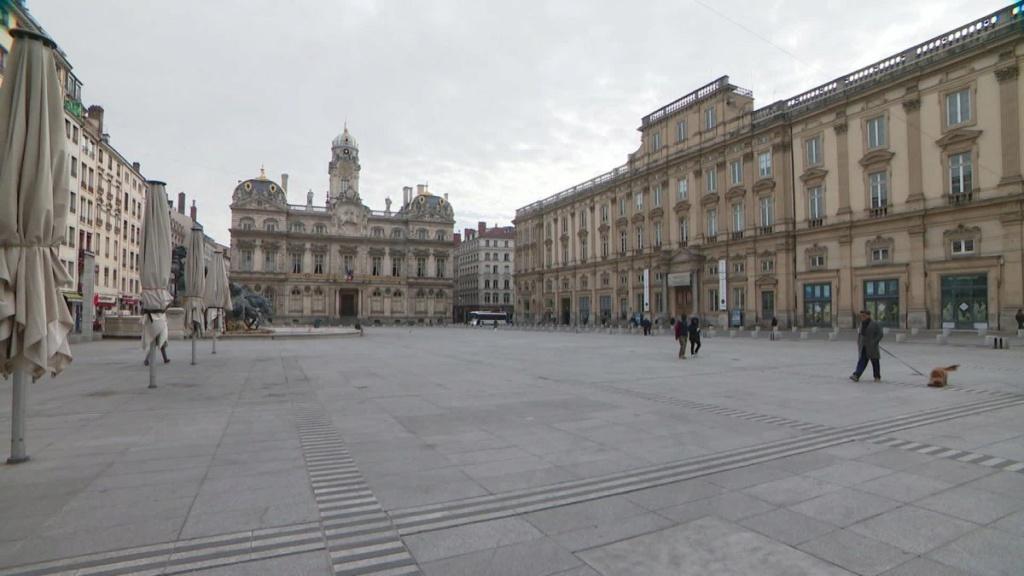 COVID-19 : les villes désertes Lyon_v10