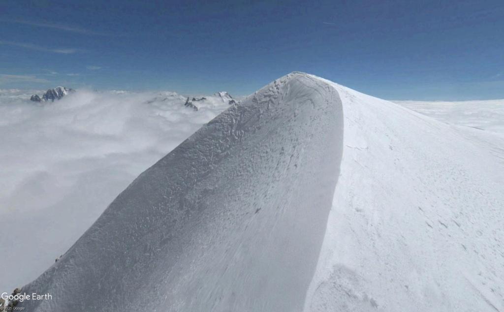 Le massif du Mont-Blanc en version sport de haute montagne Mb_uug11