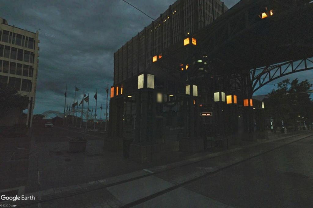 C'est beau Street View la nuit Memphi11
