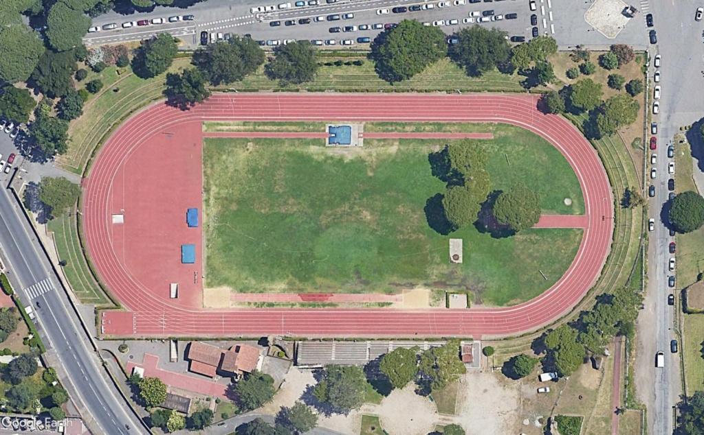 Stades d'athlétisme hors du commun - Page 3 Nando_13