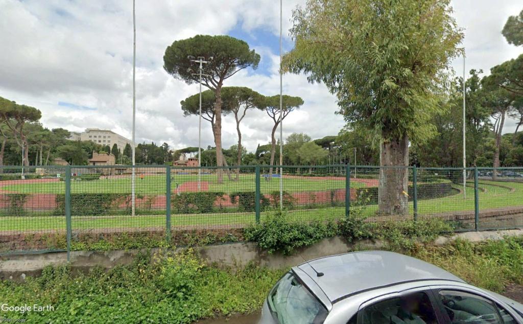 Stades d'athlétisme hors du commun - Page 3 Nando_15