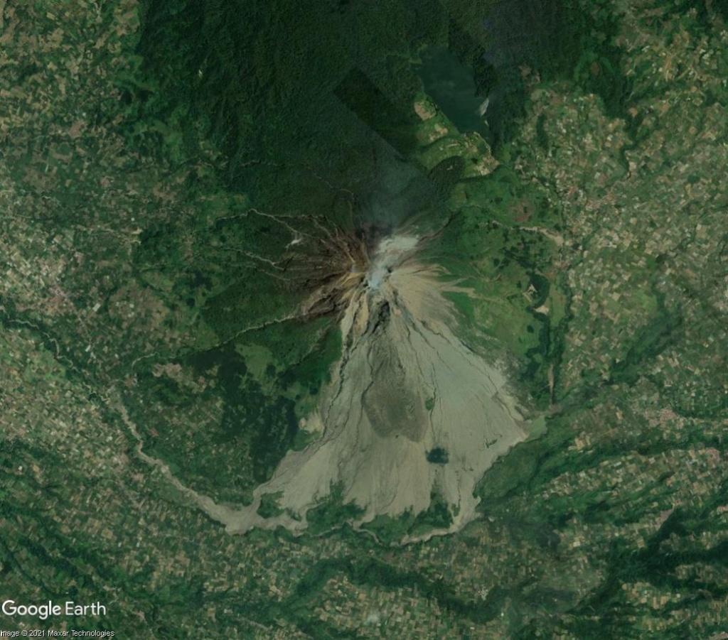 [Indonésie] - Deux volcans en éruptions Nh10