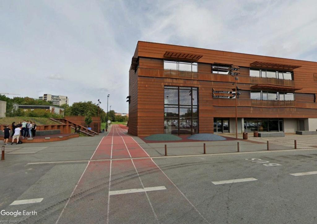 Stades d'athlétisme hors du commun - Page 3 Odense11