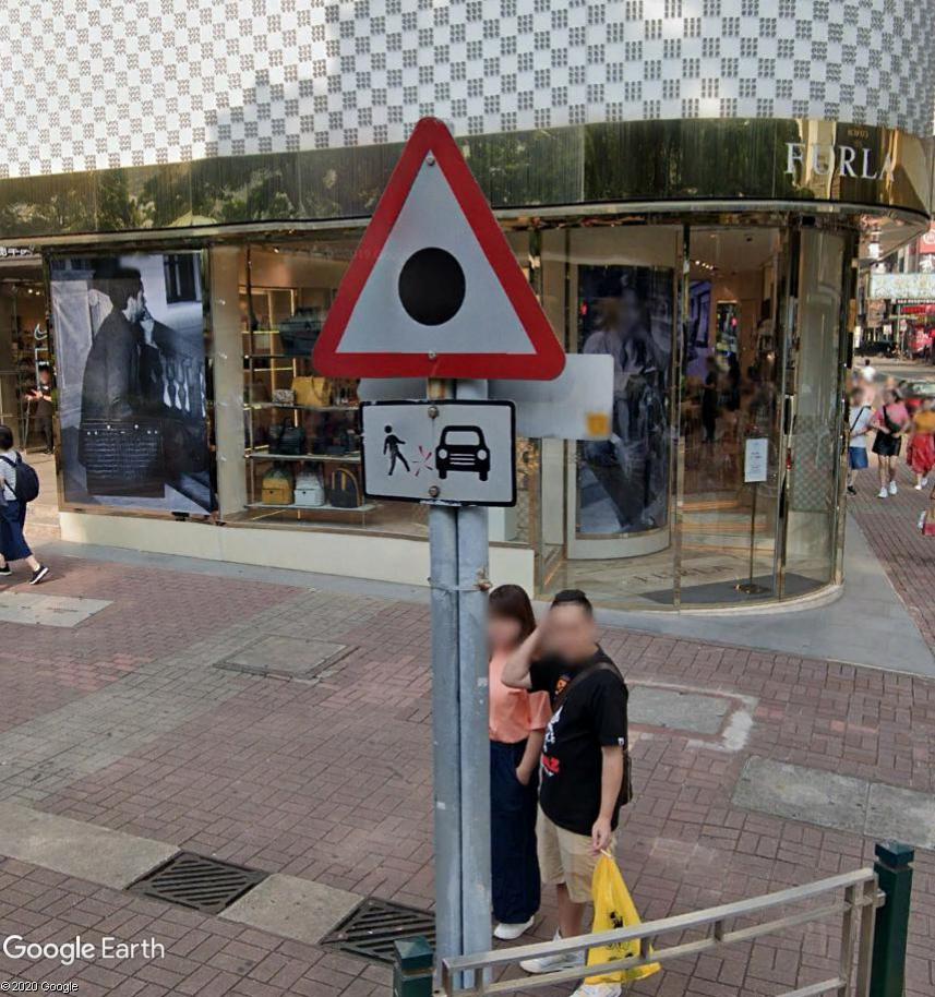 STREET VIEW : les panneaux routiers - Page 6 Pannea12