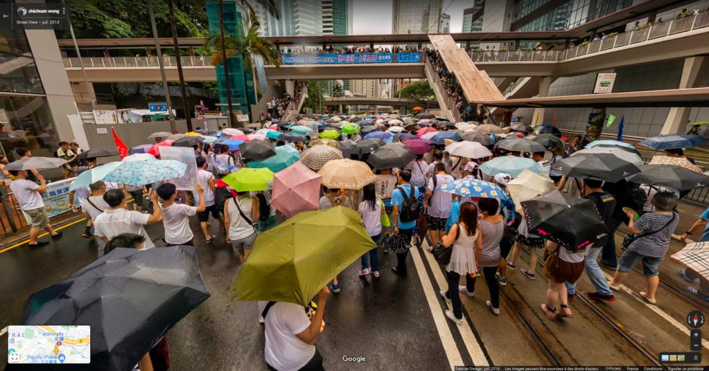 """Hong Kong à l'heure de la """"normalisation"""" : un voyage en images - Page 6 Parapl10"""