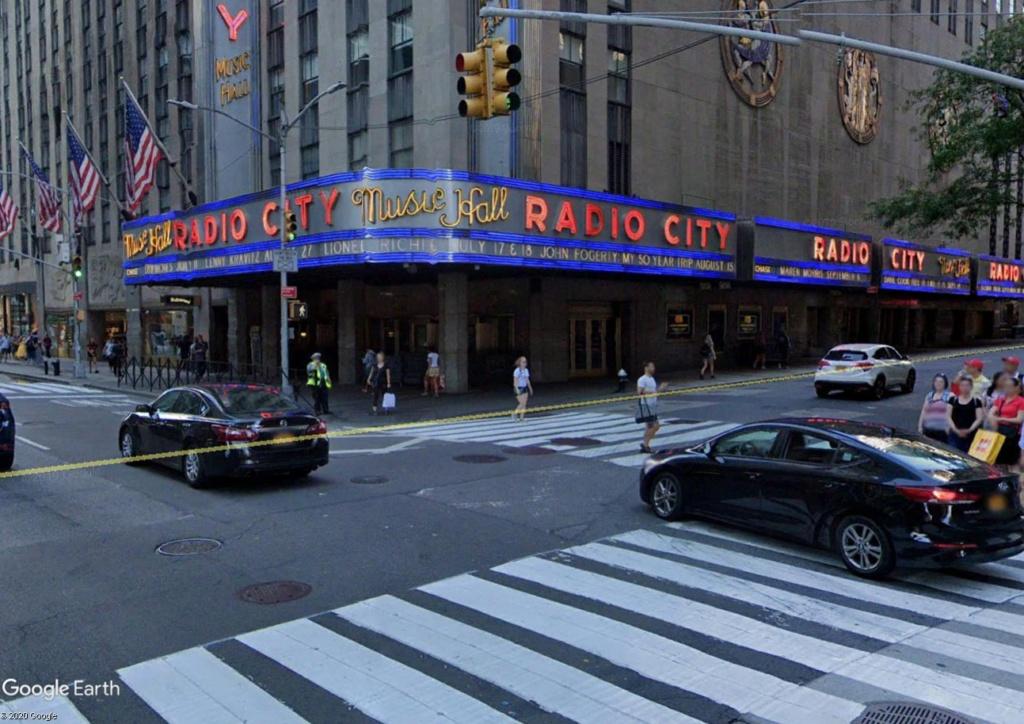 C'est beau Street View la nuit Radio11