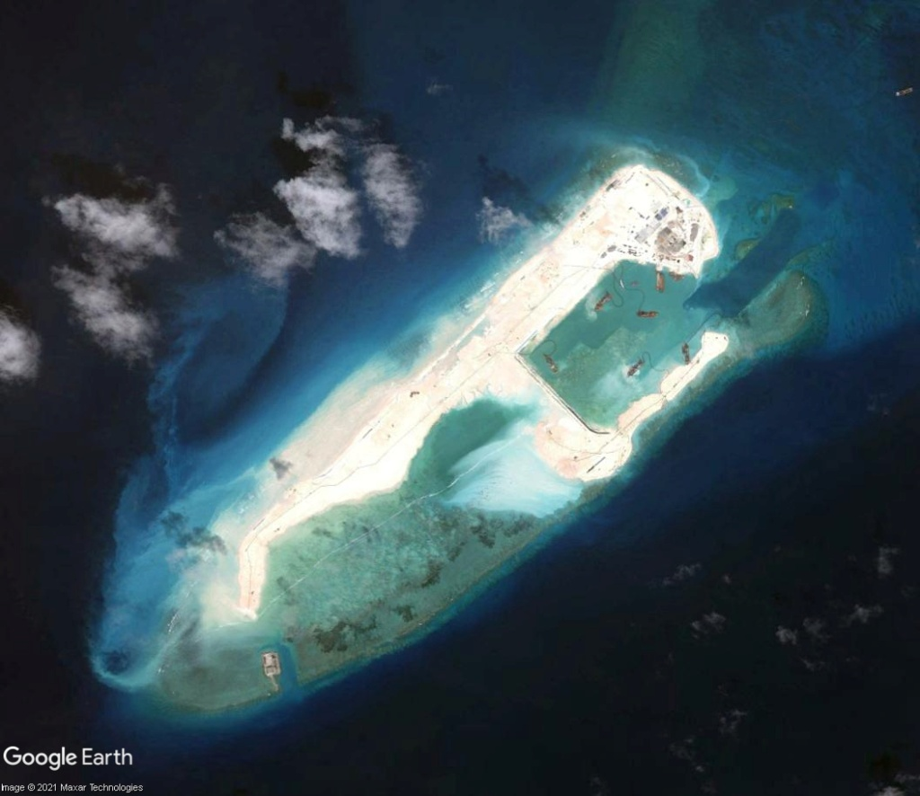 MER DE CHINE MERIDIONALE : la mainmise de la Chine... et le redécoupage des eaux territoriales Recifd13