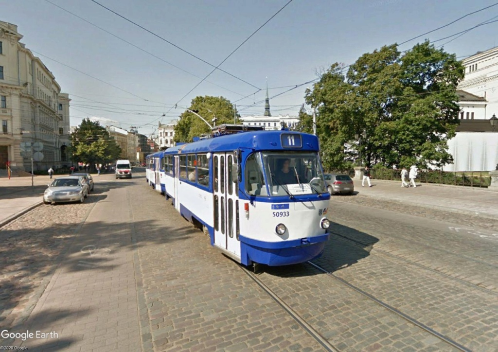 STREET VIEW : les tramways en action - Page 5 Riga110