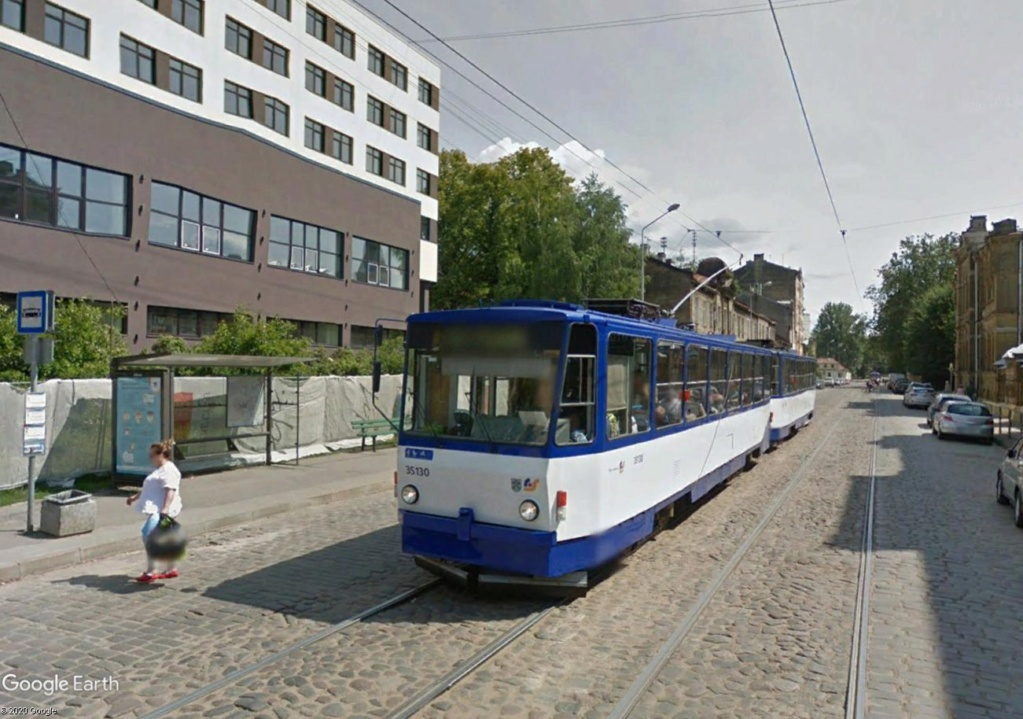 STREET VIEW : les tramways en action - Page 5 Rigagg10