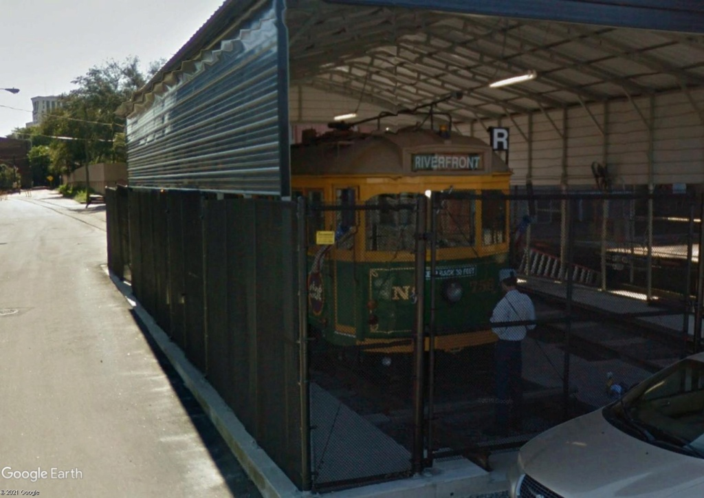 STREET VIEW : les tramways en action - Page 6 Riverf11
