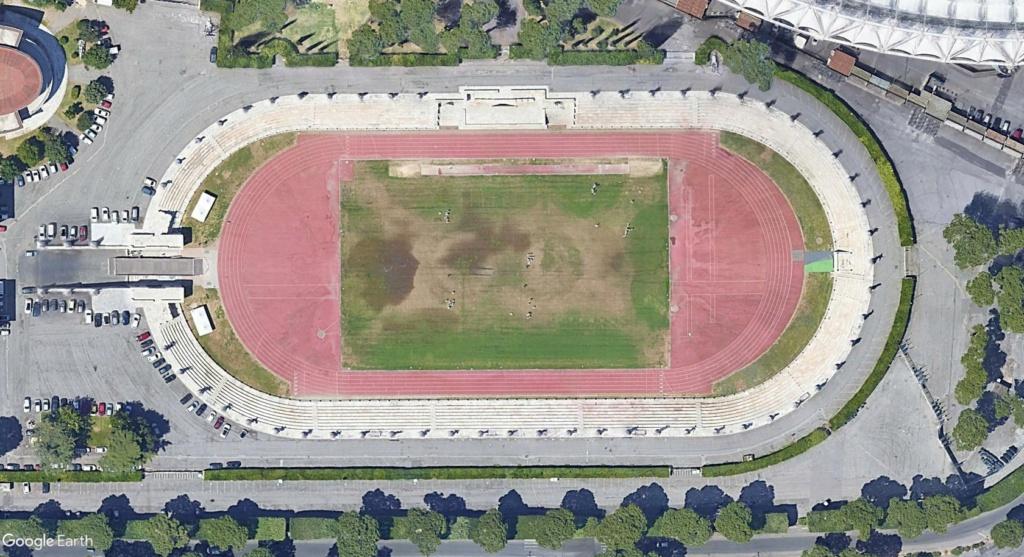Stades d'athlétisme hors du commun - Page 3 Rome211