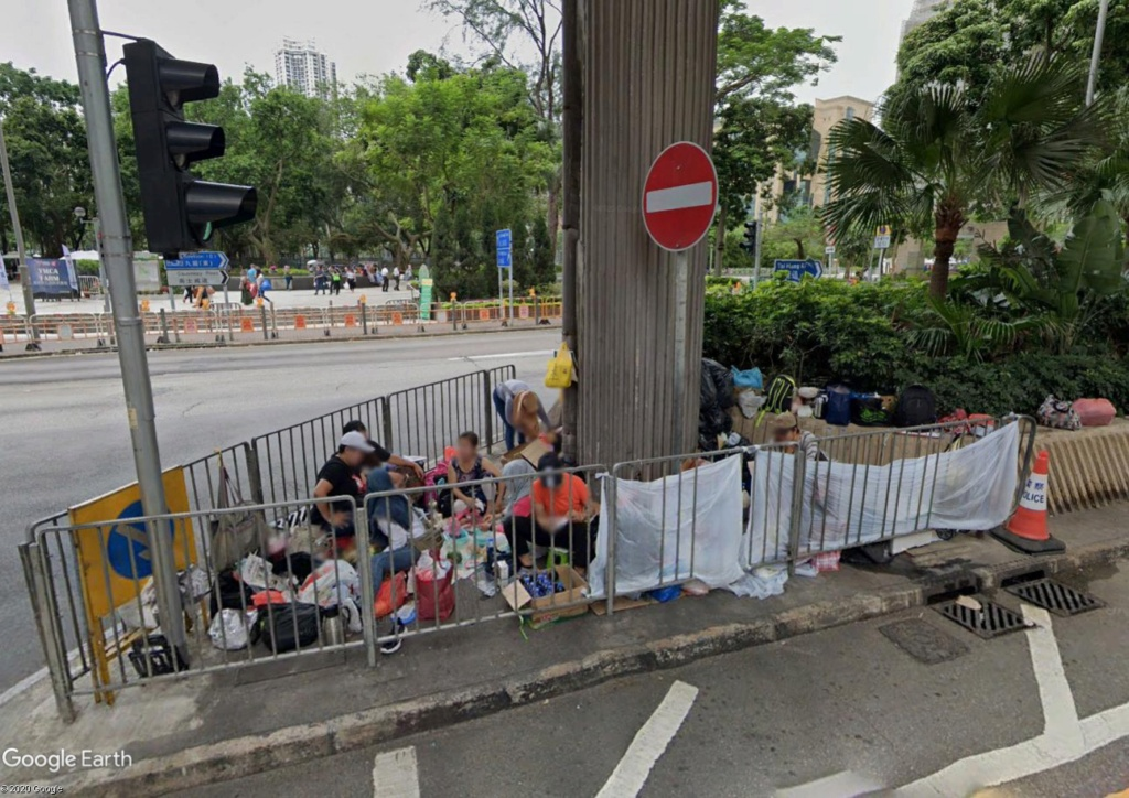 """Hong Kong à l'heure de la """"normalisation"""" : un voyage en images - Page 4 Rzofug11"""