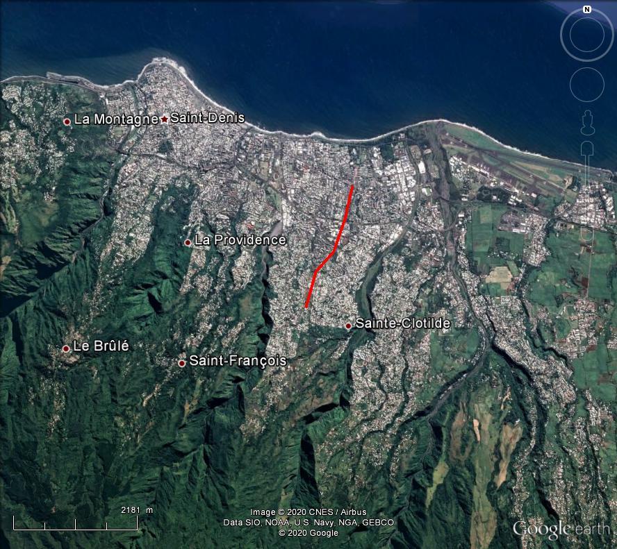 [Bientôt visible sur Google Earth] - Téléphérique Chaudron - Bois de Nèfles, Saint Denis, la Réunion Rzou210
