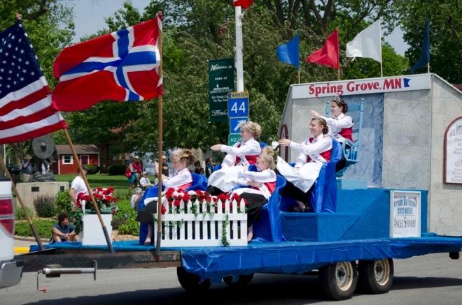 Empreintes scandinaves en Amérique du Nord - Page 3 Spring14