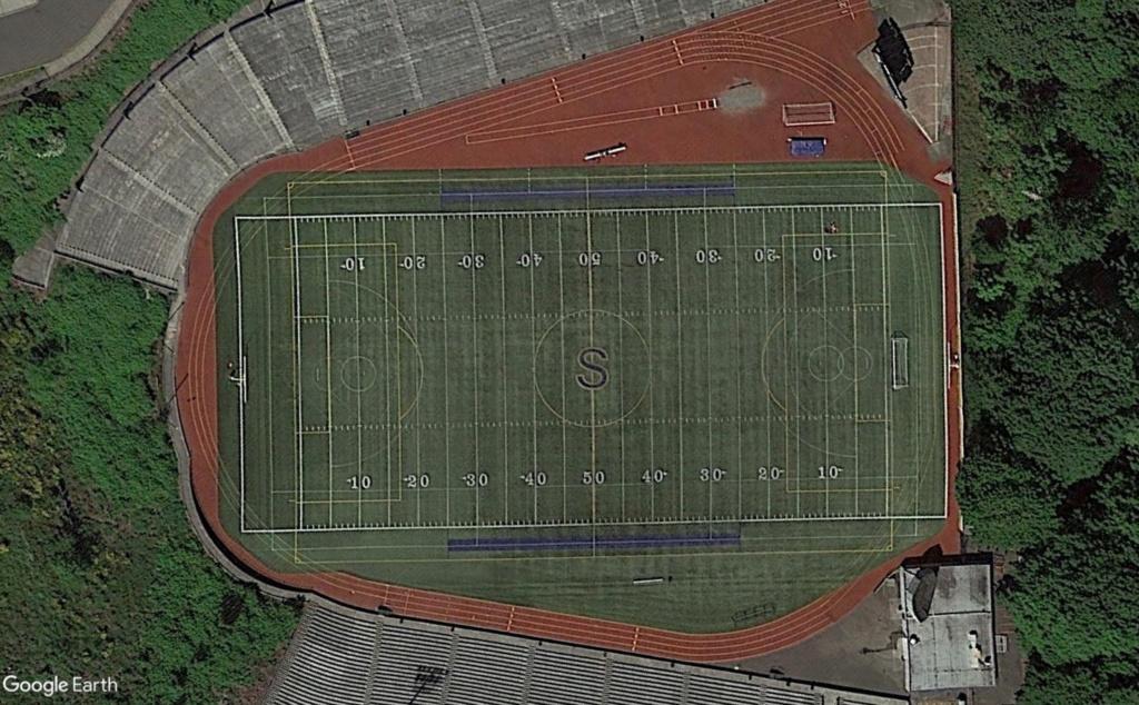 Stades d'athlétisme hors du commun - Page 2 Sta310