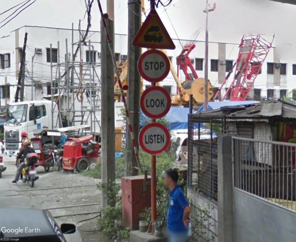 STREET VIEW : les panneaux routiers - Page 6 Stoplo10