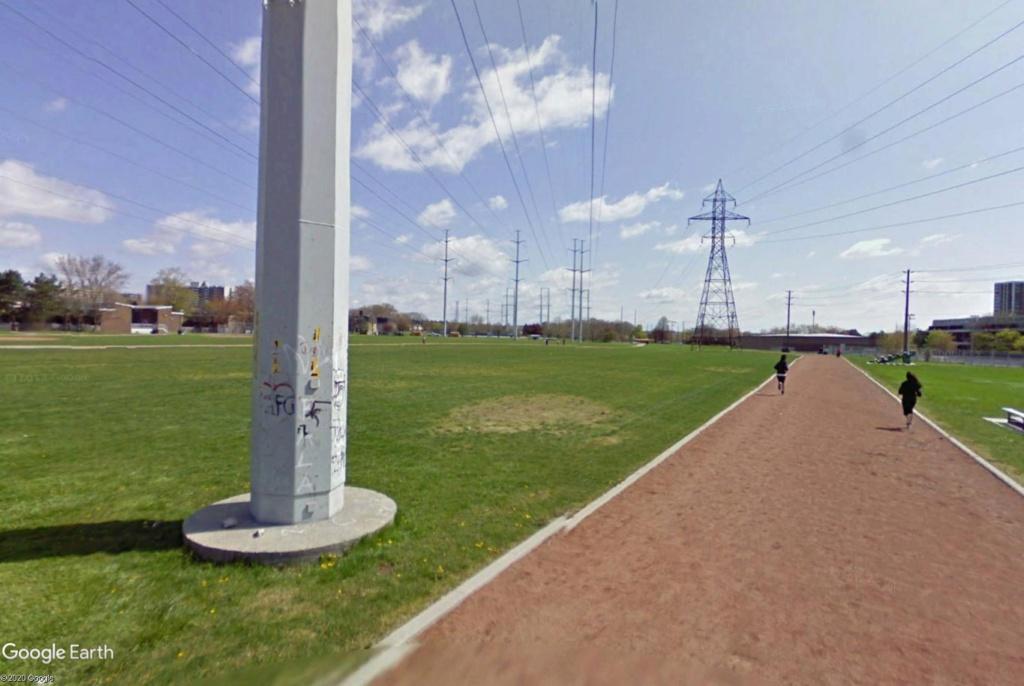 Stades d'athlétisme hors du commun - Page 2 Toront14