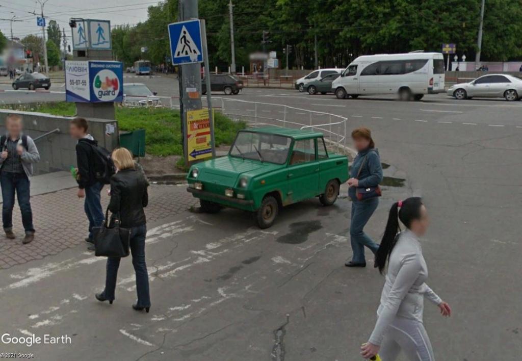 Voiture mystère en Ukraine Voitf210