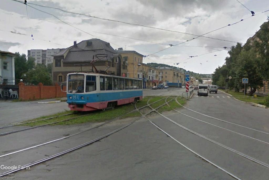 STREET VIEW : les tramways en action - Page 6 Zlat1210