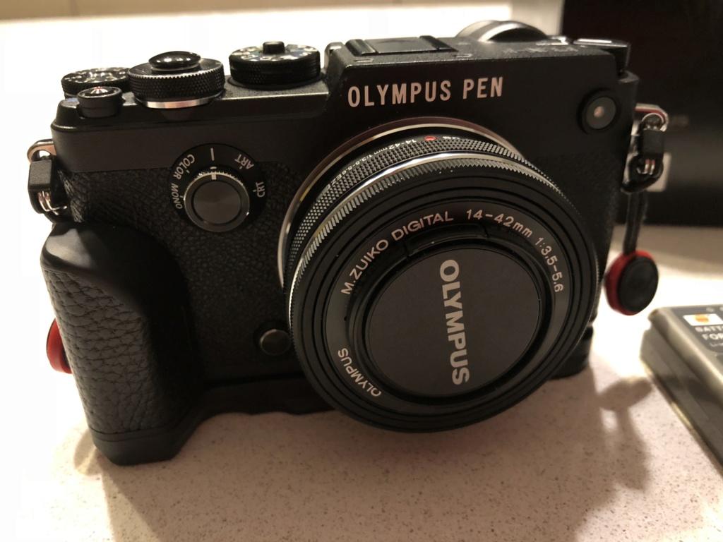 [VDS] Olympus Pen-F + Objectif Olympus  14-42 EZ + grip + batteries Img_1011