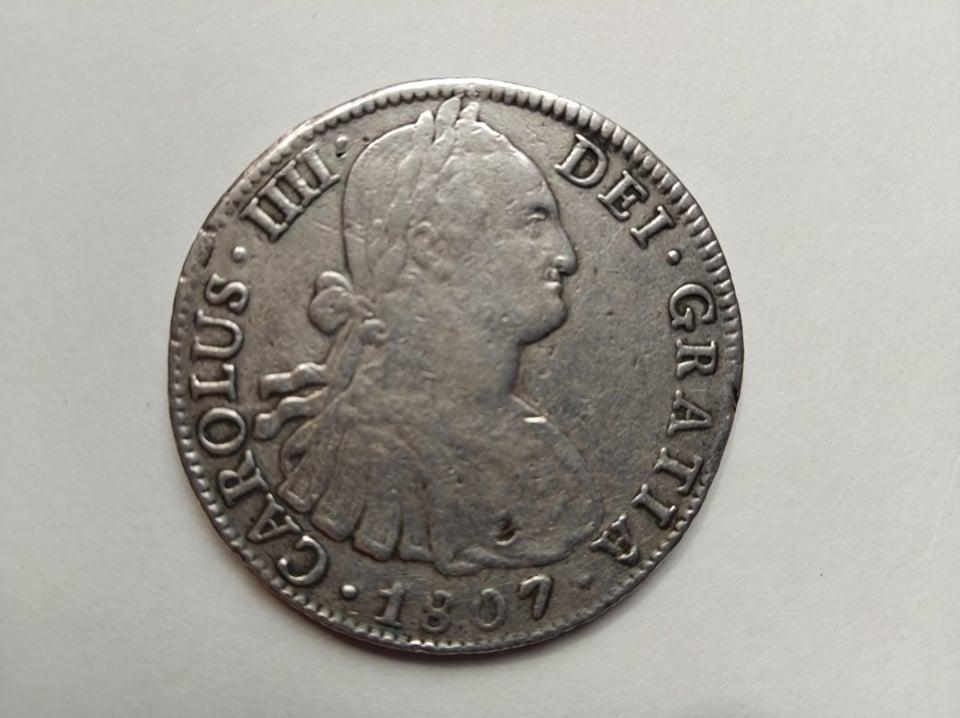 Escudos de Carlos IV y real de a 8 12015511