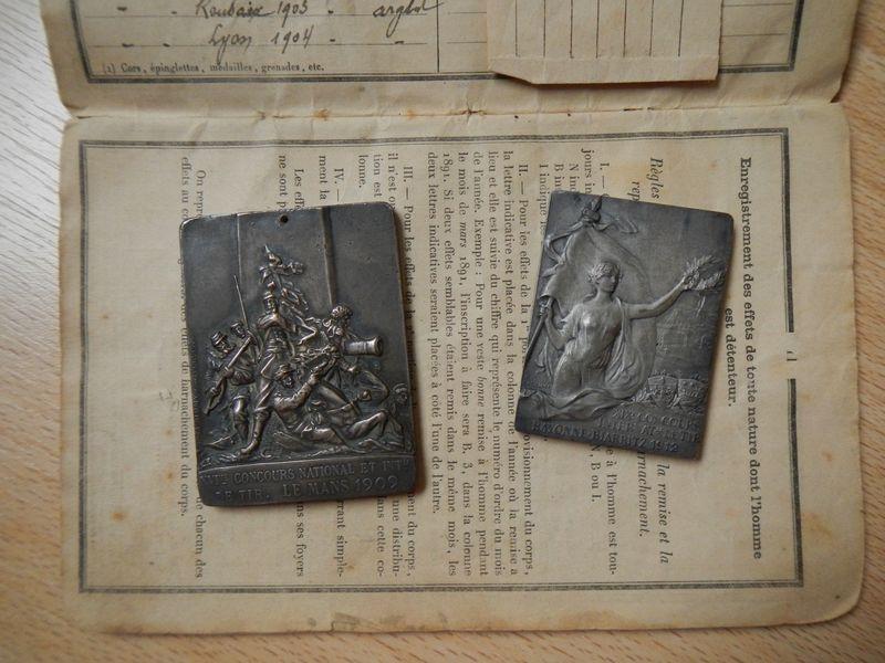 les médailles de tir , des ouvrages et manuels Dscn0710