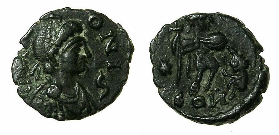 Nummus d'Aelia Zenonis, inédite ou faux ancien ?  Authen10