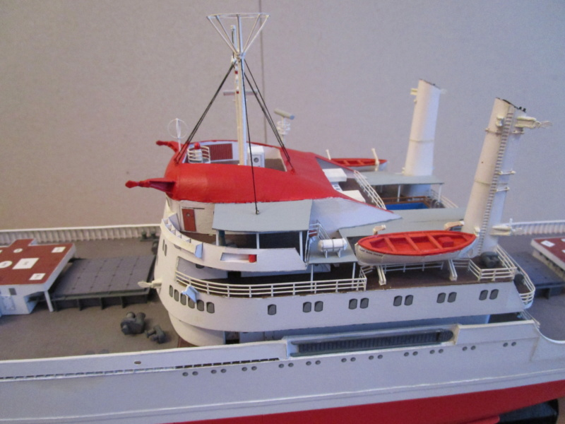 Frachtschiff Cap San Diego 1:200 gebaut von Lothar - Seite 4 20110