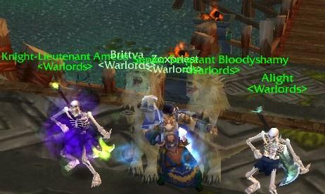 Warlords rock before BOSSES, moral up! Warlor10