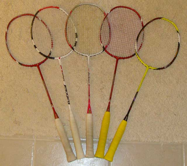 Show your badminton gears! 210