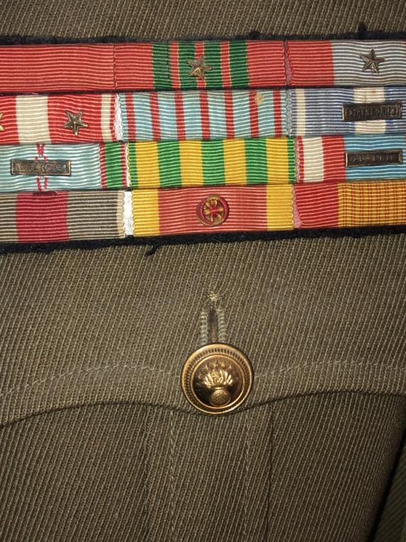 Suite uniformes français  68225010