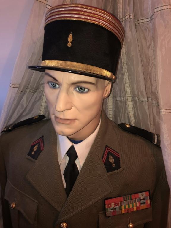 Suite uniformes français  B6e8dd10