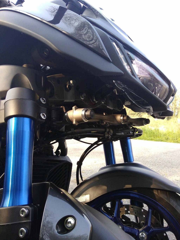 La technique du Yamaha Niken Img_2106