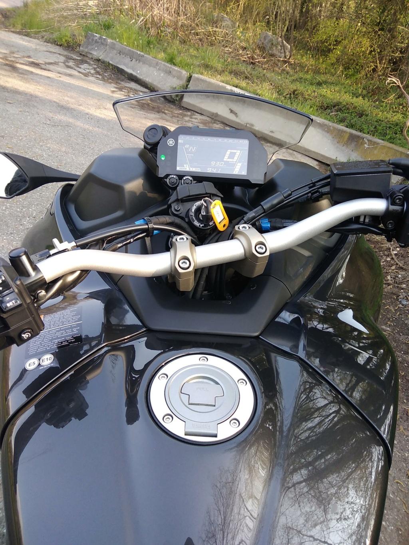 La technique du Yamaha Niken Img_2107